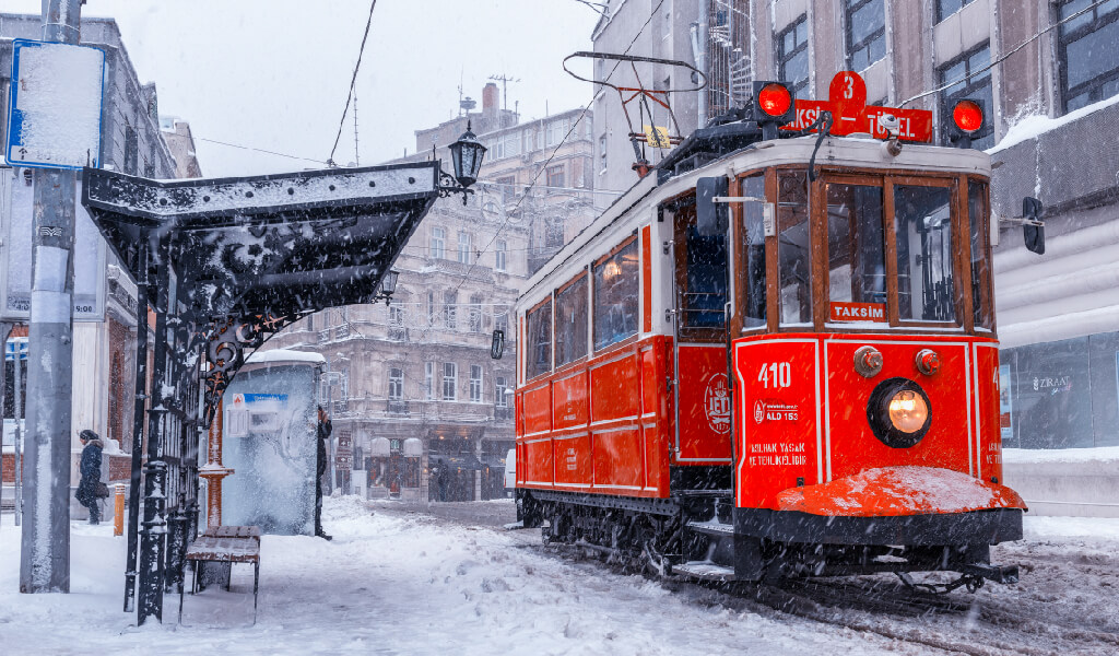 istanbul, istiklal, taksim tünel tramvayı