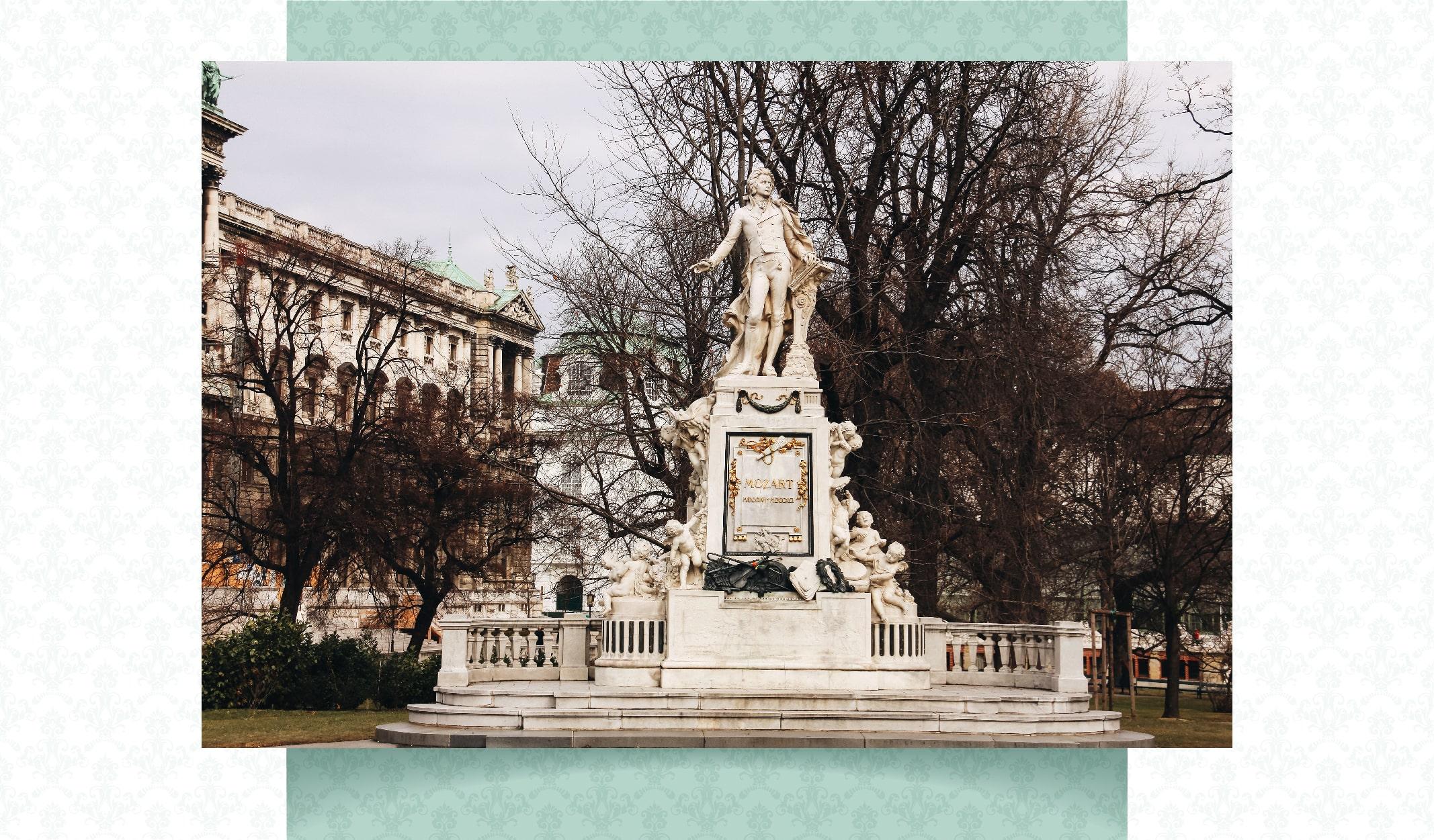 mozart heykeli